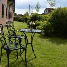 14 - Back garden (1)