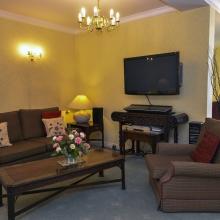 8 - lounge 2